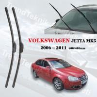 VW JETTA MK5  2006 – 2011 ON CAM MUZ SILECEK TAKIMI HS012